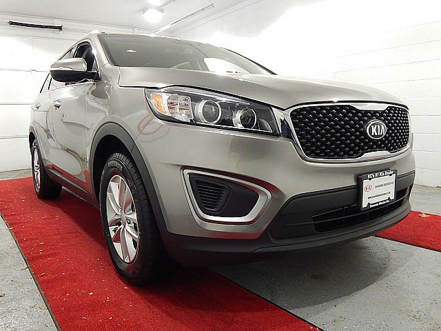 Pre-Owned 2016 Kia Sorento LX W/CONVENIENCE PACKAGE!!!
