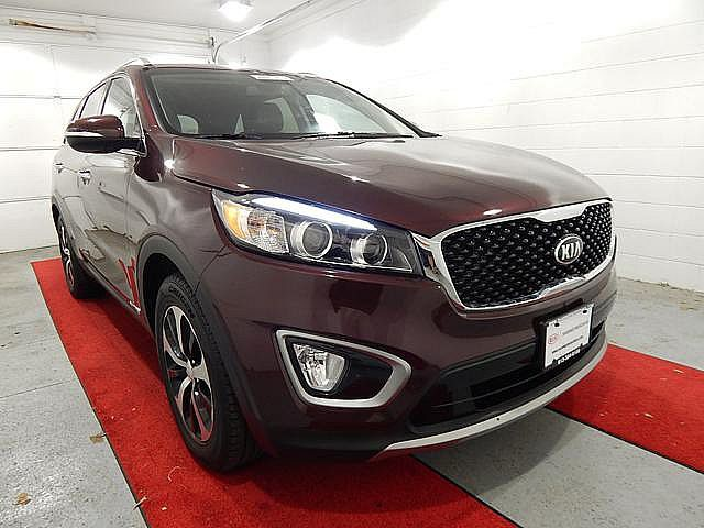 Pre Owned 2016 Kia Sorento EX W/ THIRD ROW
