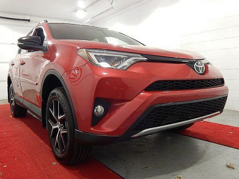 Pre-Owned 2017 Toyota RAV4 SE FULLY LOADED!!!