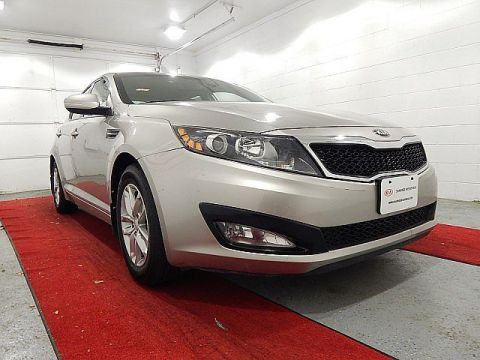 Pre-Owned 2013 Kia Optima LX W/CONVENIENCE PACKAGE!!!