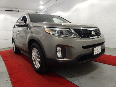 Pre-Owned 2014 Kia Sorento LX W/3RD ROW AND CONVENIENCE PACKAGE!!!